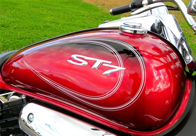 2013 Hyosung ST7  RED Deluxe at Randy's Cycle, Marengo, IL 60152