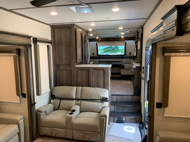 2019 Montana 3741FK at Campers RV Center, Shreveport, LA 71129