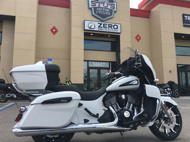 2020 Indian Roadmaster Dark Horse at Fort Myers
