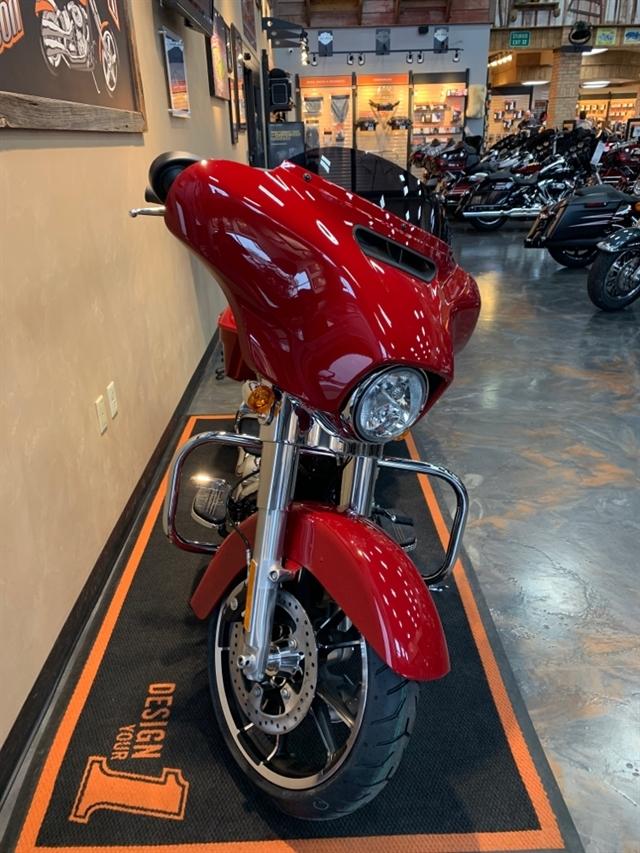 2021 Harley-Davidson Touring FLHX Street Glide at Vandervest Harley-Davidson, Green Bay, WI 54303