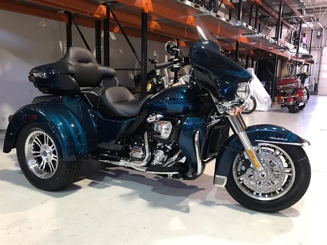 2020 Harley-Davidson Trike Tri Glide Ultra at Shenandoah Harley-Davidson®