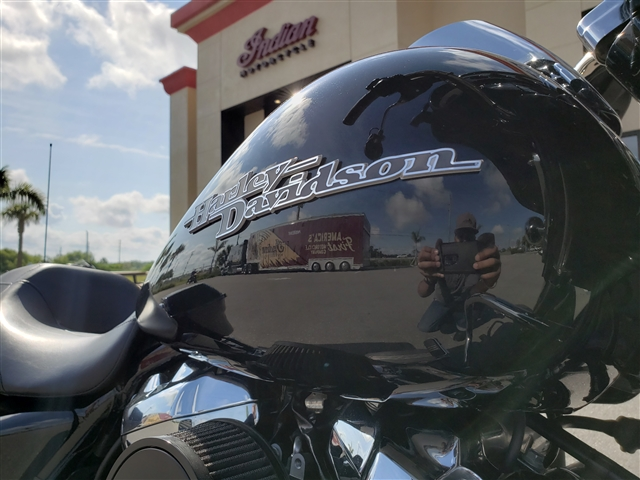 2017 Harley-Davidson Street Glide Special at Stu's Motorcycles, Fort Myers, FL 33912