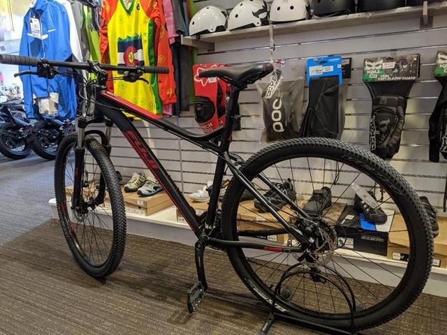 2018 FUJI Nevada 29 19 at Full Circle Cyclery