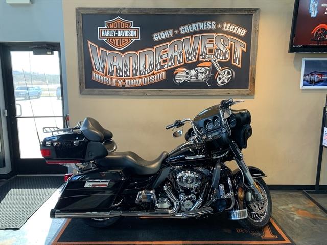 2011 Harley-Davidson Electra Glide Ultra Limited at Vandervest Harley-Davidson, Green Bay, WI 54303
