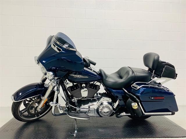 2014 Harley-Davidson Street Glide Base at Destination Harley-Davidson®, Silverdale, WA 98383