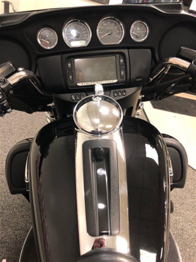 2017 Harley-Davidson Electra Glide Ultra Classic at Sloan's Motorcycle, Murfreesboro, TN, 37129