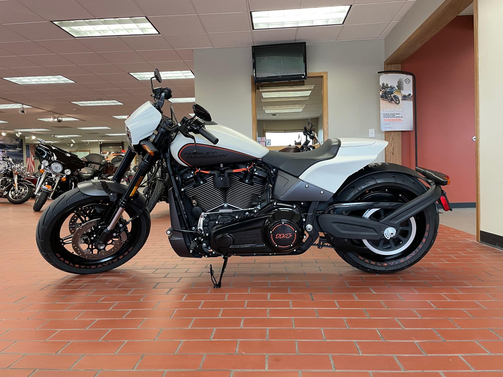 2019 Harley-Davidson Softail FXDR 114 at Rooster's Harley Davidson