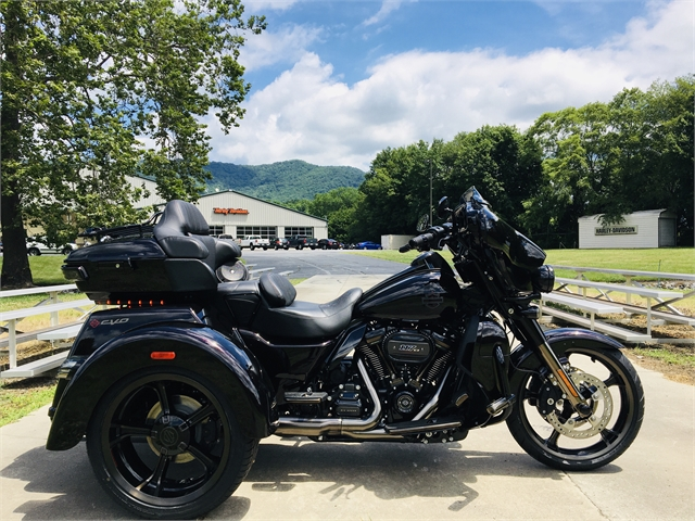 2021 Harley-Davidson Trike CVO Tri Glide Ultra at Harley-Davidson of Asheville