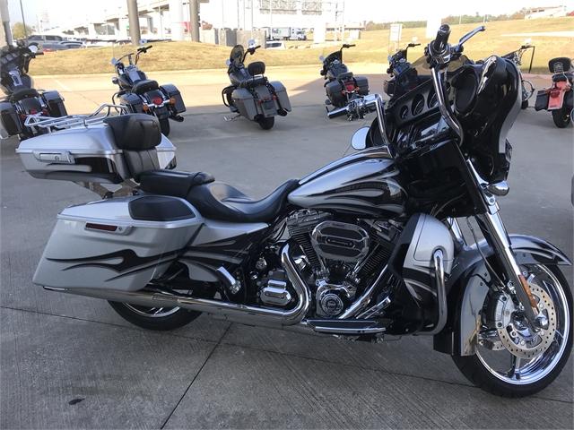 2015 Harley-Davidson Street Glide CVO Street Glide at Texarkana Harley-Davidson