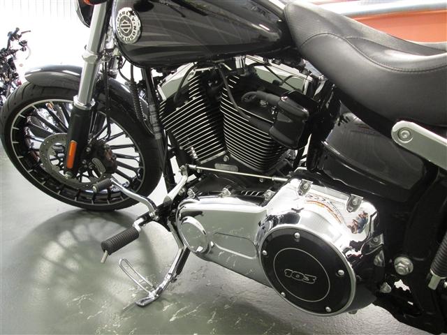 2017 Harley-Davidson Softail Breakout® at Hunter's Moon Harley-Davidson®, Lafayette, IN 47905