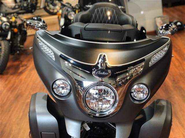 2019 Indian Roadmaster TWO TONE at Lynnwood Motoplex, Lynnwood, WA 98037