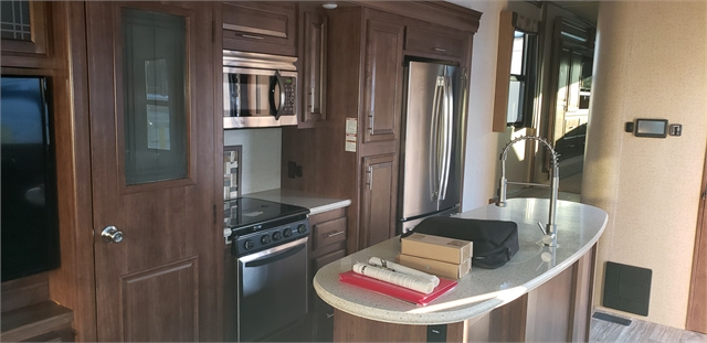 2017 CrossRoads Cameo CE3801RL at Lee's Country RV