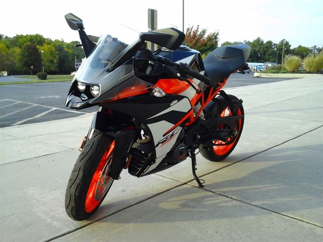 2018 KTM RC 390 at Yamaha Triumph KTM of Camp Hill, Camp Hill, PA 17011