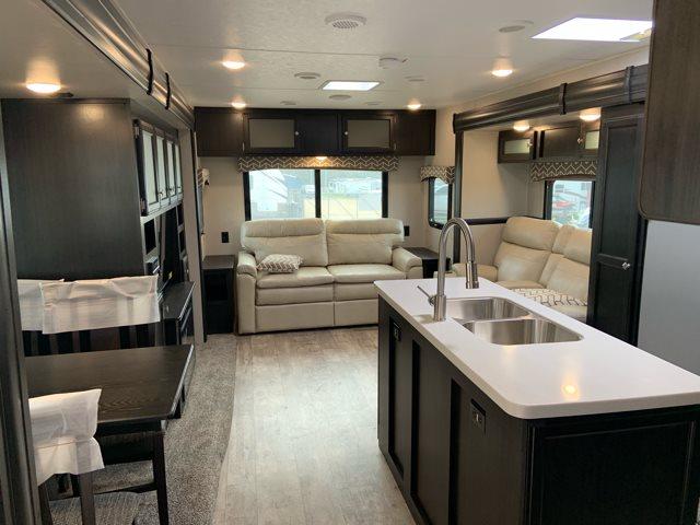 2019 Venture SportTrek Touring Edition STT343VIK Rear Living at Campers RV Center, Shreveport, LA 71129