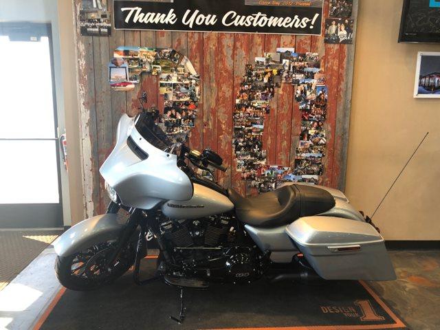 2019 Harley-Davidson Street Glide Special at Vandervest Harley-Davidson, Green Bay, WI 54303