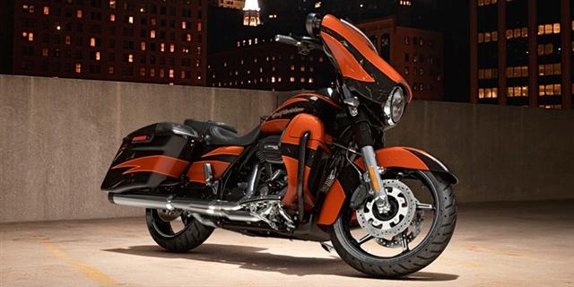 2017 Harley-Davidson Street Glide CVO Street Glide at Bull Falls Harley-Davidson