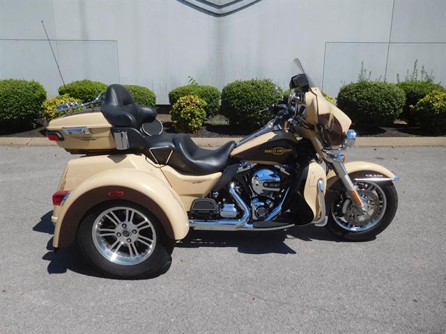 2014 Harley-Davidson Trike Tri Glide Ultra at Bumpus H-D of Murfreesboro