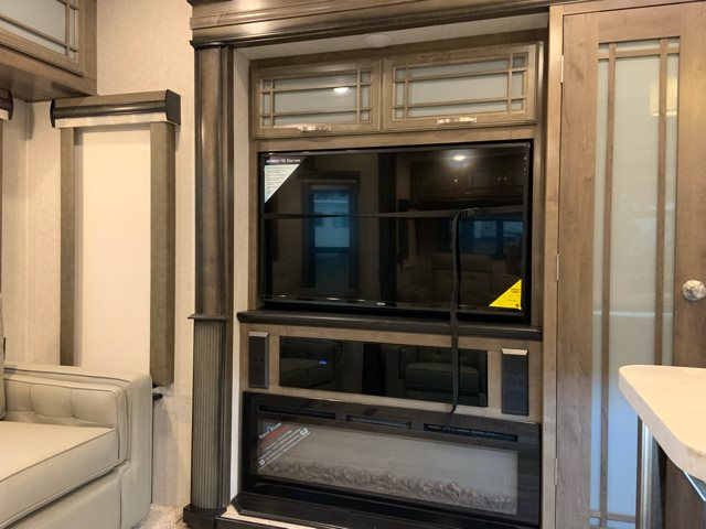 2019 Keystone Montana 3921FB Front Bath and a Half at Campers RV Center, Shreveport, LA 71129