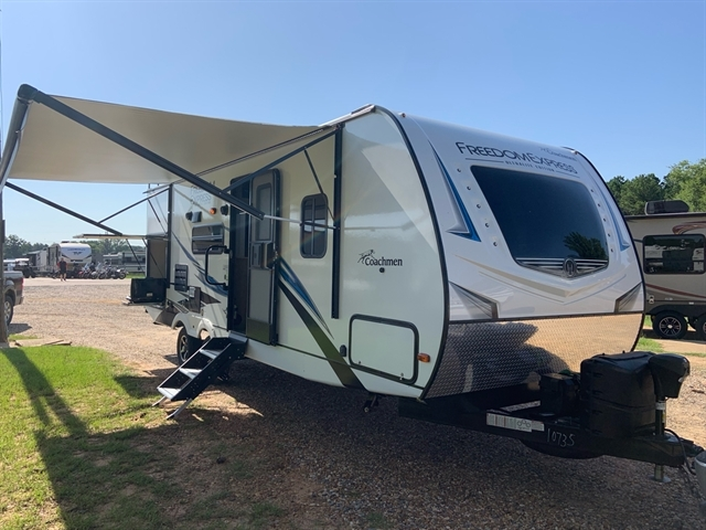 2020 Coachmen Freedom Express Ultra-Lite 248RBS at Campers RV Center, Shreveport, LA 71129