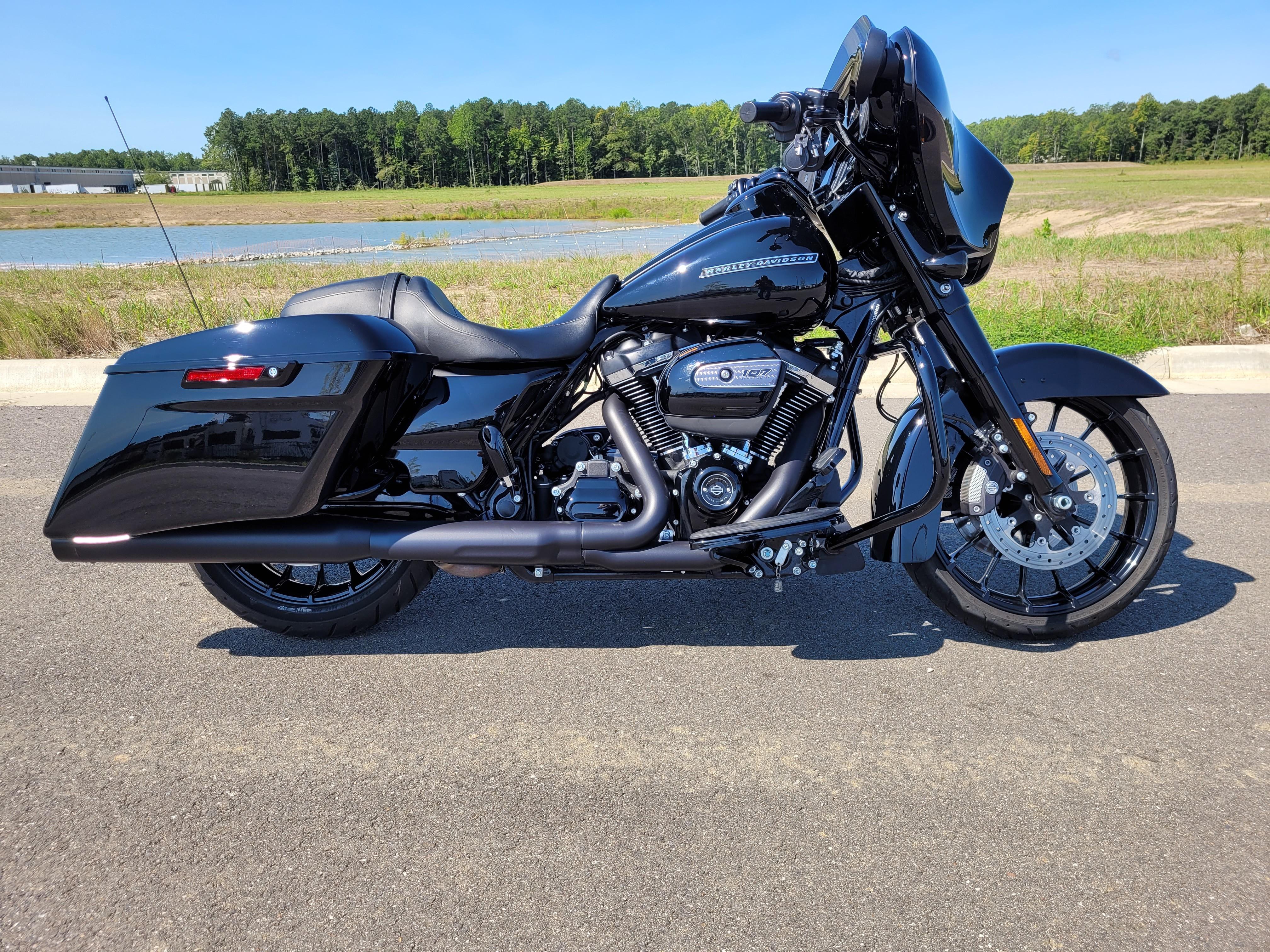 2018 Harley-Davidson Street Glide Special at Richmond Harley-Davidson
