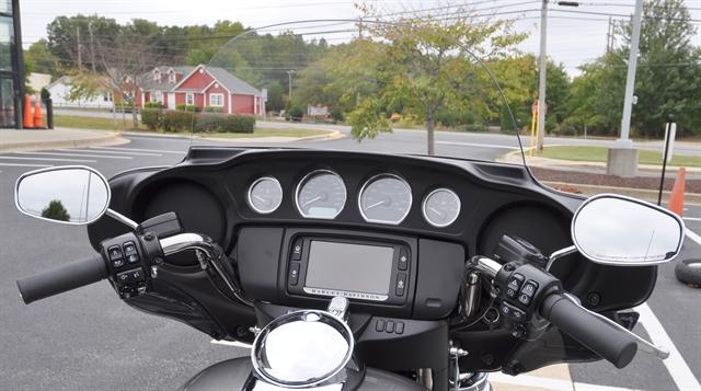 2016 Harley-Davidson Trike Tri Glide Ultra at All American Harley-Davidson, Hughesville, MD 20637