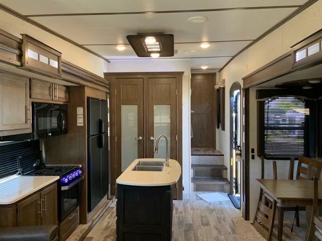 2019 Keystone Cougar 338RLK Rear Living at Campers RV Center, Shreveport, LA 71129