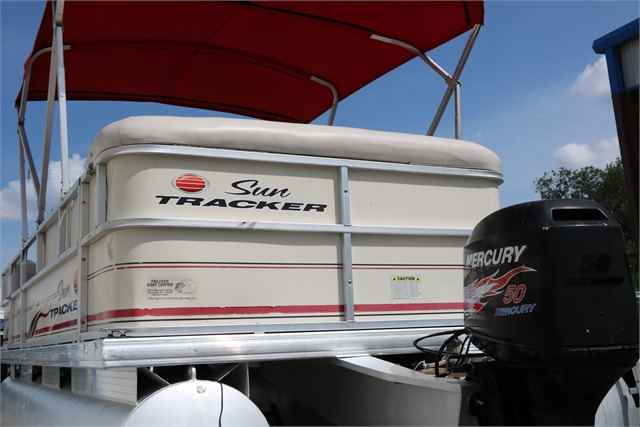 2007 Sun Tracker Party Barge 20 at Jerry Whittle Boats