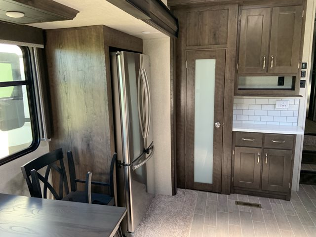 2019 Keystone RV Montana High Country 373RD Rear Living at Campers RV Center, Shreveport, LA 71129