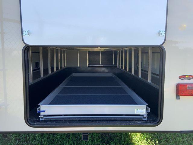 2019 Keystone RV Montana High Country 373RD Rear Living at Campers RV Center, Shreveport, LA 71129