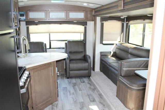 2019 Keystone RV Cougar Half-Ton 29RLD Rear Living at Campers RV Center, Shreveport, LA 71129