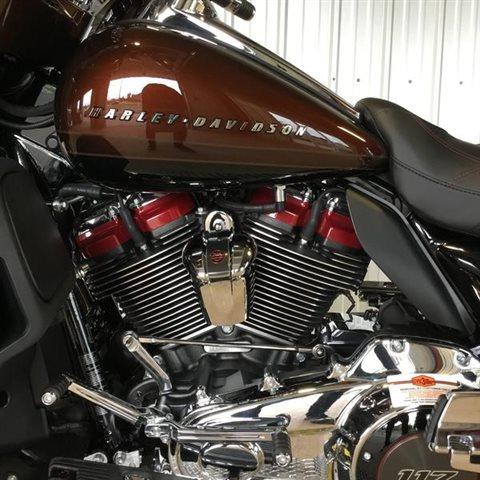 2019 Harley-Davidson Electra Glide CVO Limited at Calumet Harley-Davidson®, Munster, IN 46321