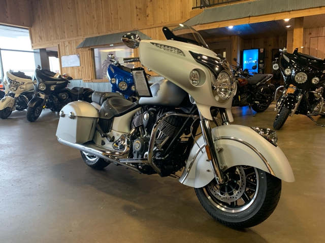 2018 Indian Chieftain Classic at Mungenast Motorsports, St. Louis, MO 63123