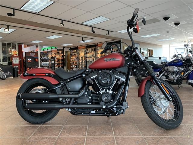 2019 Harley-Davidson Softail Street Bob at South East Harley-Davidson