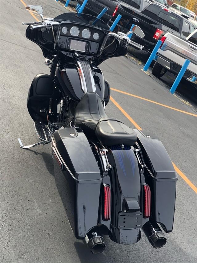 2016 Harley-Davidson Street Glide CVO Street Glide at Thunder Harley-Davidson
