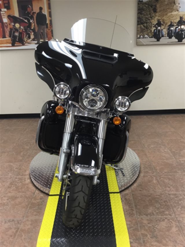 2018 Harley-Davidson Electra Glide Ultra Classic at Harley-Davidson® Shop of Winona, Winona, MN 55987
