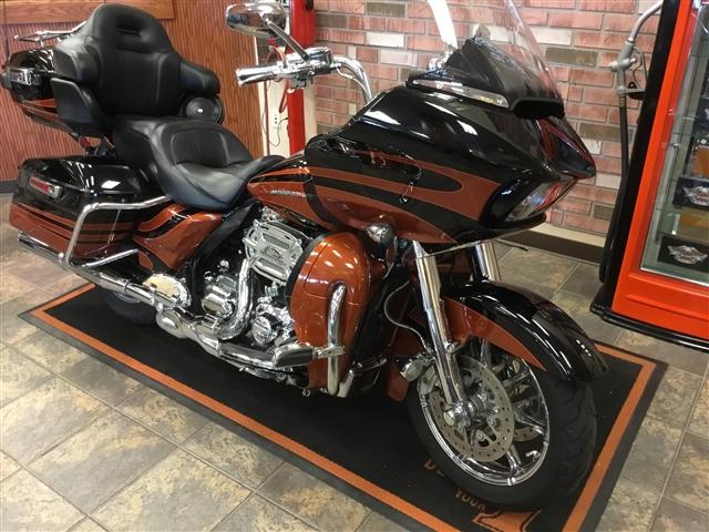 2015 Harley-Davidson Road Glide CVO Ultra at Bud's Harley-Davidson Redesign