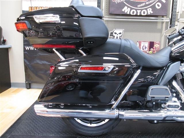 2018 Harley-Davidson Electra Glide Ultra Classic at Hunter's Moon Harley-Davidson®, Lafayette, IN 47905