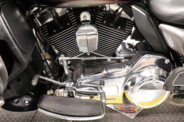 2016 Harley-Davidson Road Glide Ultra at Friendly Powersports Slidell