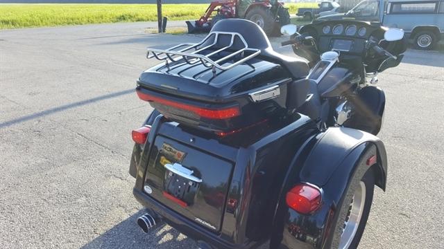 2015 Harley-Davidson Trike Tri Glide Ultra at Thornton's Motorcycle - Versailles, IN