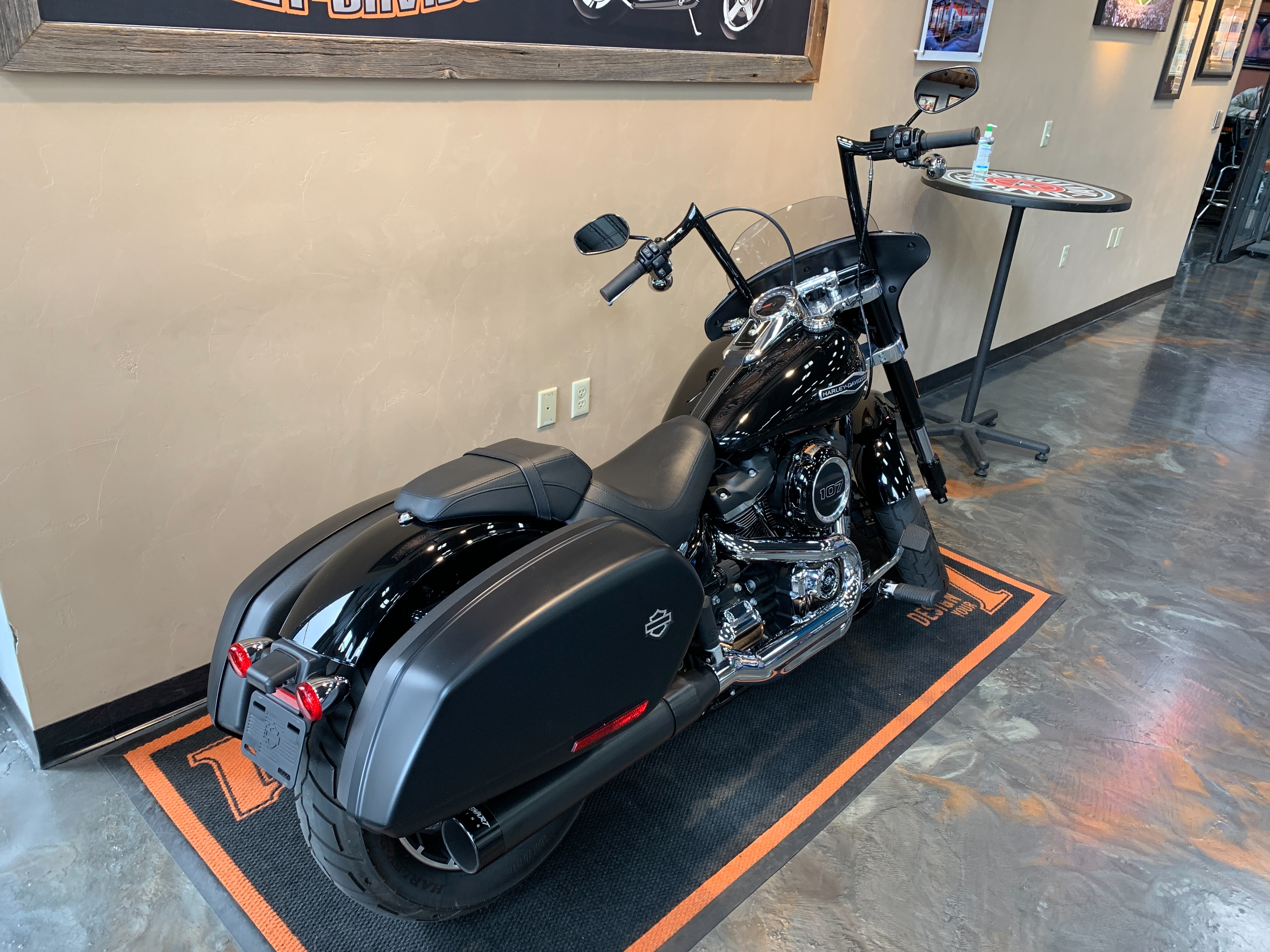 2018 Harley-Davidson Softail Sport Glide at Vandervest Harley-Davidson, Green Bay, WI 54303