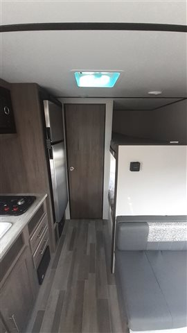 2021 CrossRoads Zinger Lite ZR18BH at Lee's Country RV