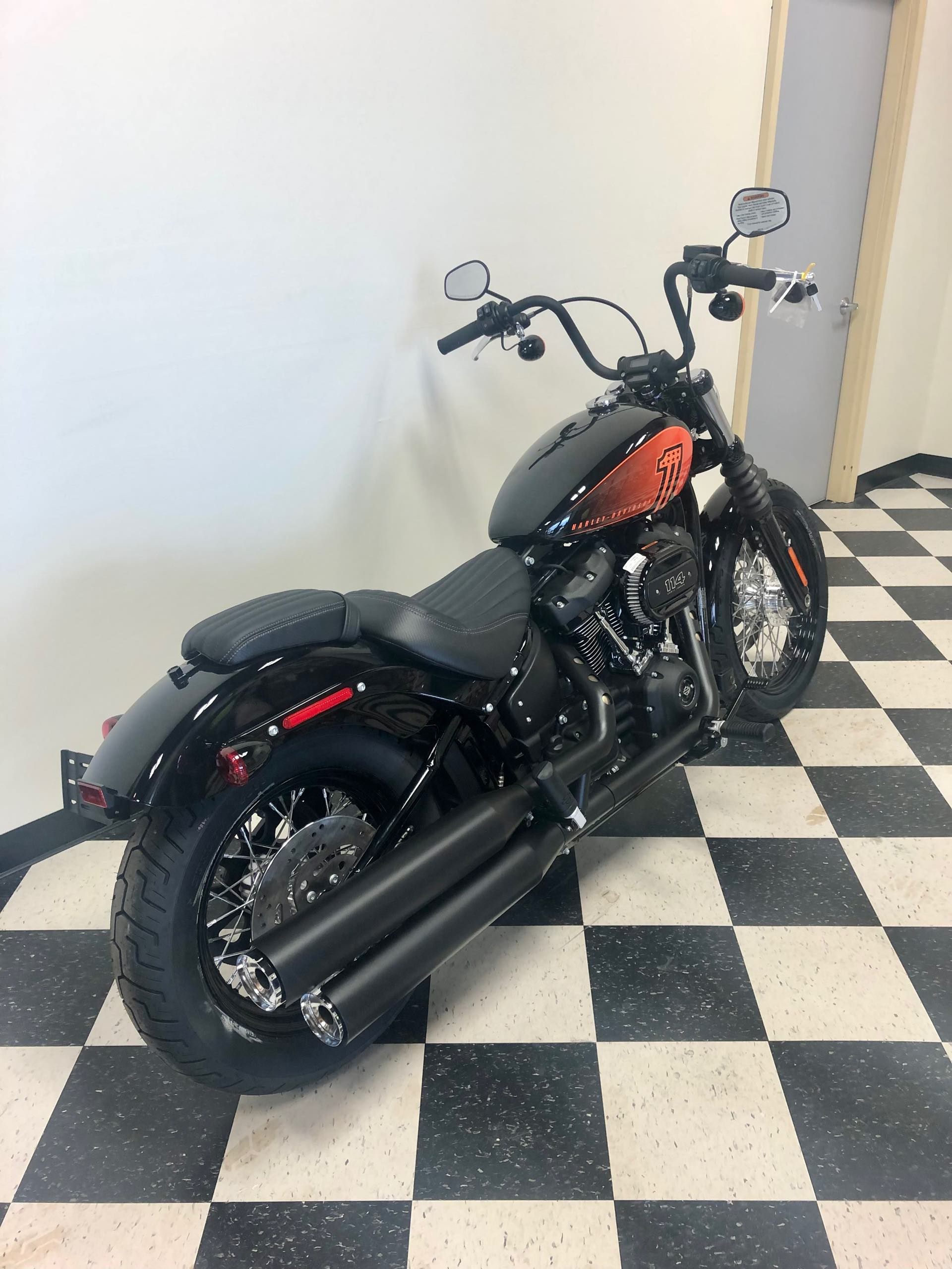2021 Harley-Davidson Cruiser Street Bob 114 at Deluxe Harley Davidson