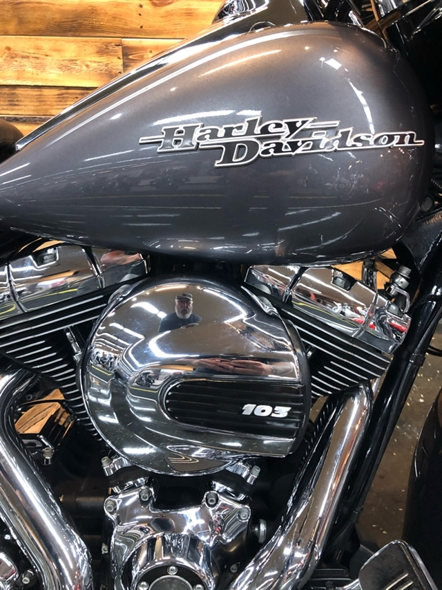 2015 Harley-Davidson Street Glide Special at Holeshot Harley-Davidson