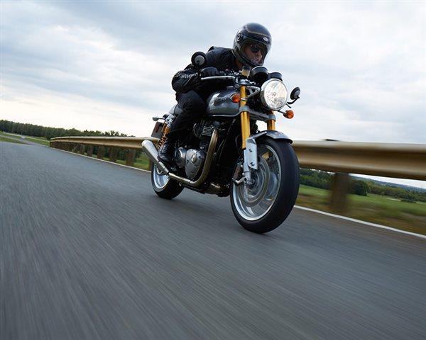 2016 Triumph Thruxton 1200 R at Palm Springs Harley-Davidson®