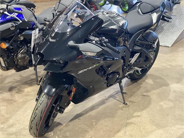 2021 Kawasaki Ninja ZX-10R Base at Extreme Powersports Inc
