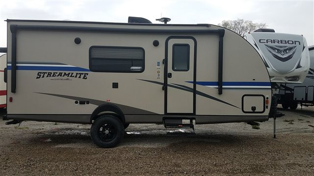 2019 Gulf Stream StreamLite Ultra Lite 19 FMB Special Value Trailer at Nishna Valley Cycle, Atlantic, IA 50022