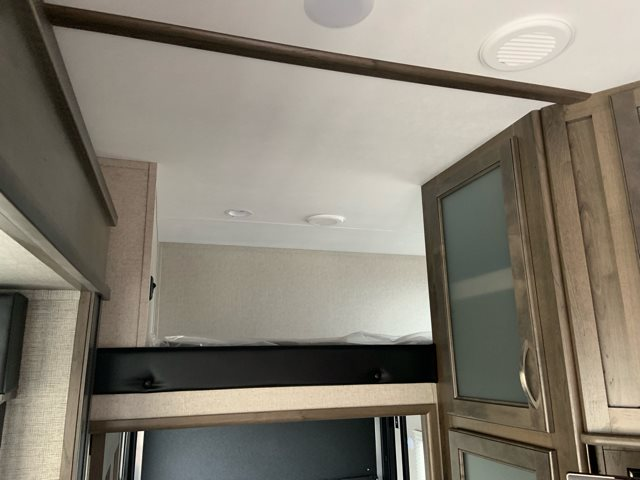 2019 Dutchmen Voltage Triton 3551 Toy Hauler at Campers RV Center, Shreveport, LA 71129