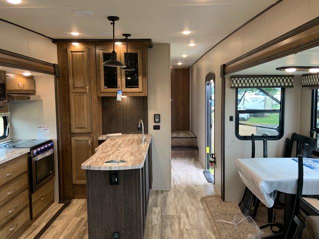 2020 Coachmen Chaparral Lite 30BHS Mid Bunk at Campers RV Center, Shreveport, LA 71129