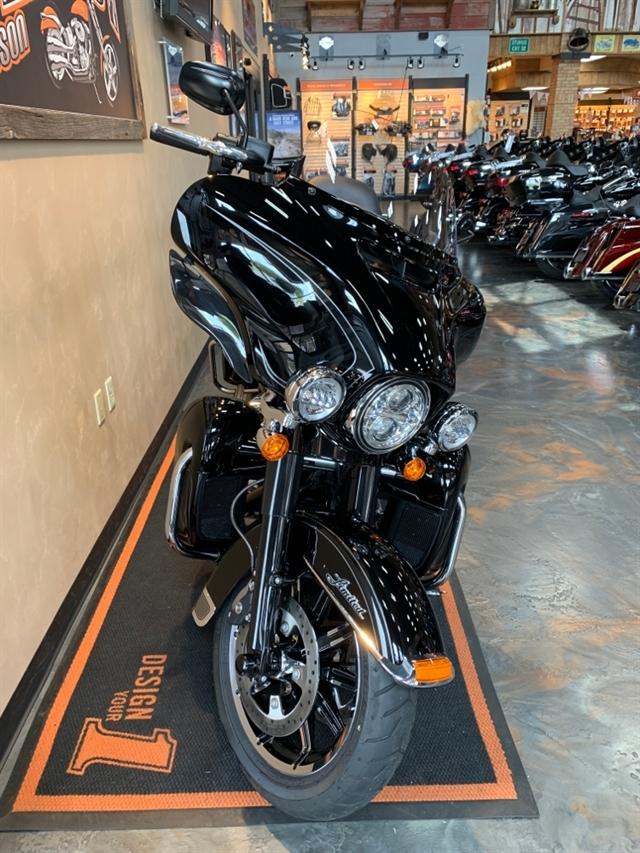2018 Harley-Davidson Electra Glide® Ultra Limited at Vandervest Harley-Davidson, Green Bay, WI 54303