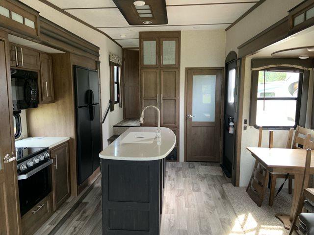 2019 Keystone RV Cougar 361RLW at Campers RV Center, Shreveport, LA 71129